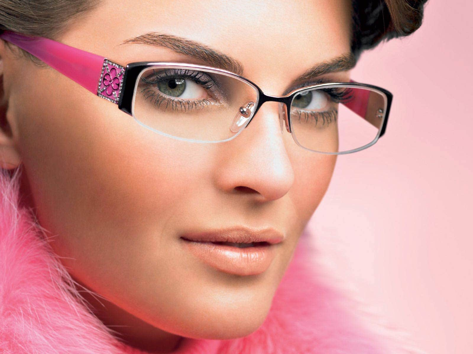 Eyeglasses and Make-up