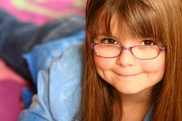 KIDS CAN BE ADJUSTED WEARING GLASSES