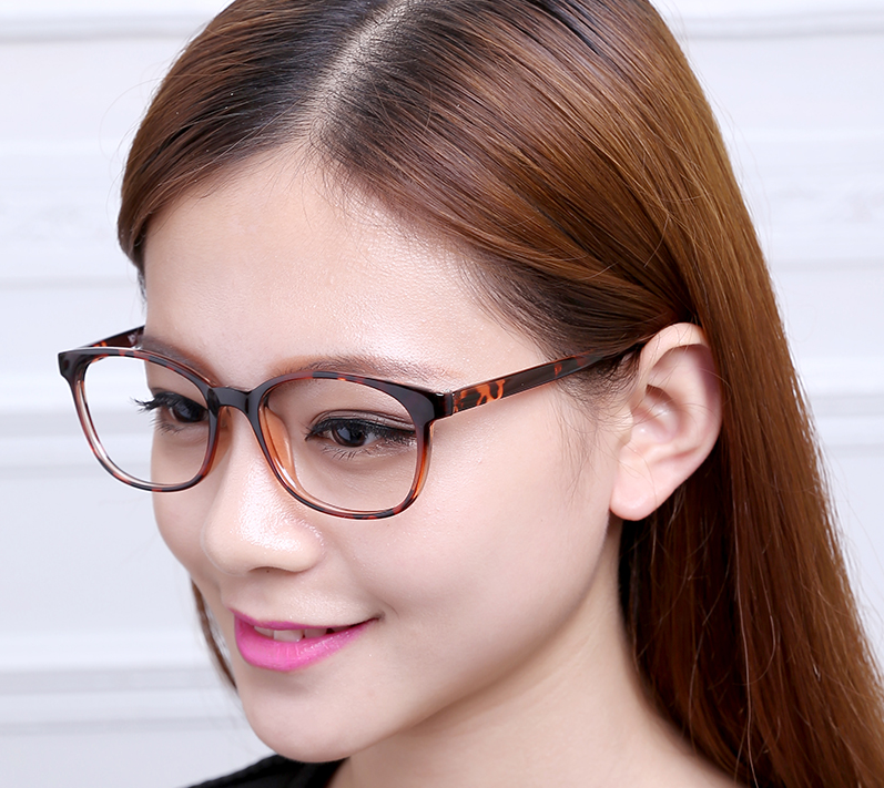 Benefits of Wearing TR90 frames